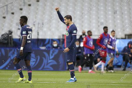 Mauro Icardi of PSG celebrates his goal