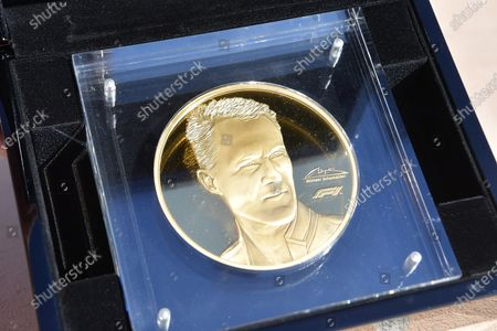 Michael Schumacher limited edition 1 kg gold coin