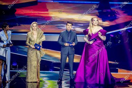 Edsilia Rombley, Chantal Janzen, Jan Smit en Nikkie de Jager tijdens de dress rehearsal van de finale van het Eurovisiesongfestival. Het festival vindt in aangepaste vorm plaats in Rotterdam. Vanwege het coronavirus is er een beperkt aantal bezoekers welkom.