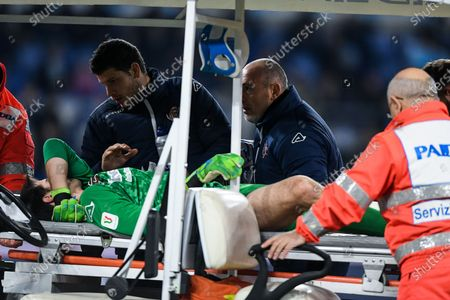 Michael Agazzi of Cremonese leaves the pitch after suffering a knee injury during the Italian Cup match between Lazio and Cremonese at Stadio Olimpico, Rome, Italy on 14 January 2020.