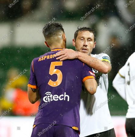Mark Milligan of Macarthur FC shakes hands with Jonathan Aspropotamitis of Perth Glory after the 1-1 draw; HBF Park, Perth, Western Australia, Australia; A League Football, Perth Glory versus Macarthur.