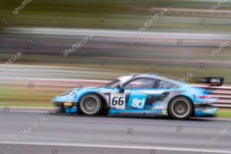 Nick Jones & Scott Malvern, Porsche 911 GT3 R, Team Parker Racing during Round 1 Practice and Qualifying of the British GT Championship at Brands Hatch Circuit on 22nd May 2021