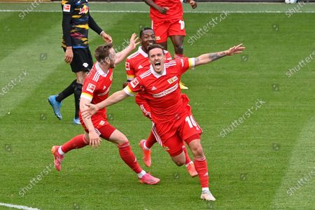 Union's Max Kruse celebrates during the German Bundesliga soccer match between FC Union Berlin and RB Leipzig in Berlin, Germany, 22 May 2021.