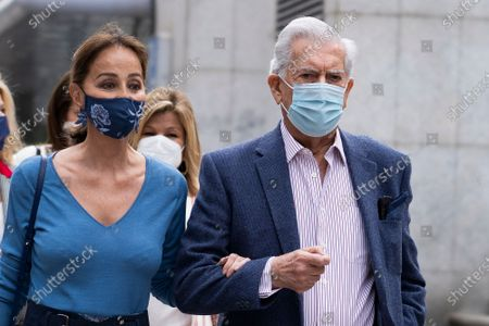Isabel Preysler and Mario Vargas Llosa attend the San Isidro bullfight in the Vista Alegre square in Madrid.