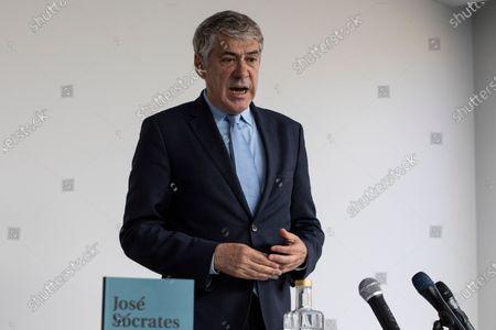 Stock Image of Former Prime Minister Jose Socrates, accused of corruption, presents his book So Agora Comecou, at the Hotel Cristal Porto, on May 22, 2021, in Porto, Portugal.