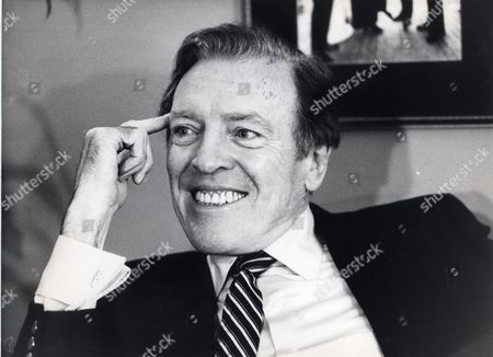 Irish Television And Radio Presenter Eamonn Andrews Cbe Who Died 5/11/1987 At The Age Of 64.