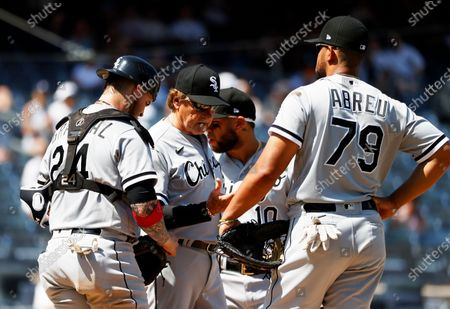 Chicago White Sox manager Tony La Russa (C) is seen after taking out Chicago White Sox starting pitcher Dallas Keuchel (Not Pictured) against the New York Yankees in the top of the fifth inning of their MLB game in the Bronx, New York, USA, 23 May 2021.