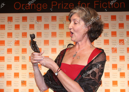 Barbara Kingsolver with her trophy