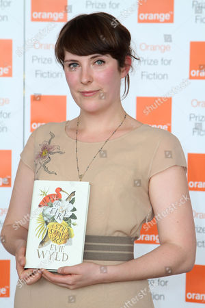 Evie Wyld with her book 'After The Fire'