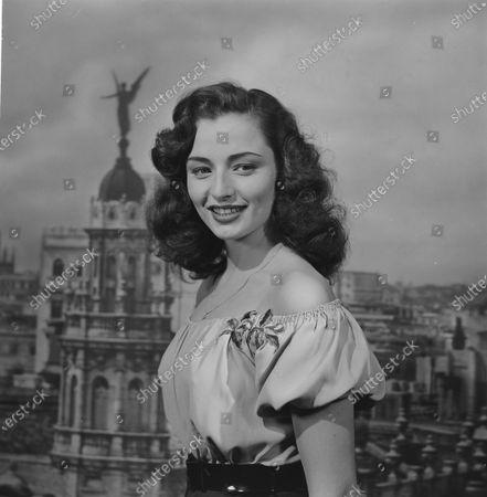 Portrait of actress Marina Berti, 1950.