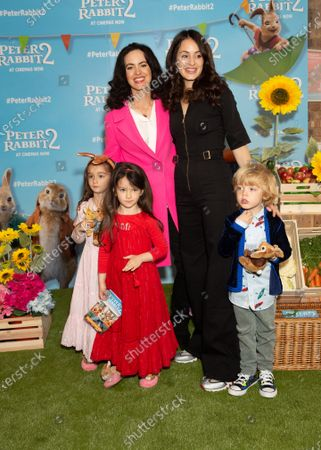Sally Wood and Melanie Hamrick with children L-R Gracie Jane Wood, Alice Rose Wood and Dev Jagger