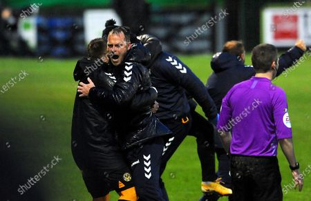 Newport County manager Michael Flynn celebrates after Nicky Maynard of Newport County scores a last minute goal in extra time- Mandatory by-line: Nizaam Jones/JMP