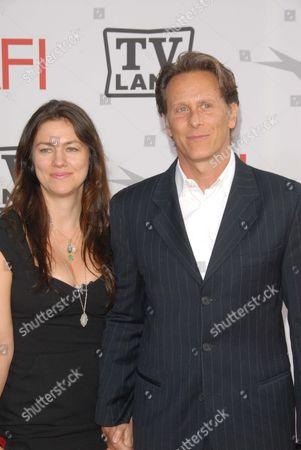 Juliette Hohnen and Steven Weber