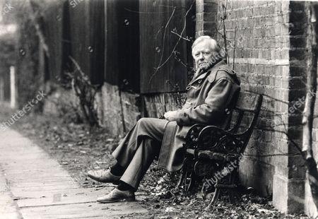 Actor Peter Barkworth (died 10/06) On Hampstead Heath