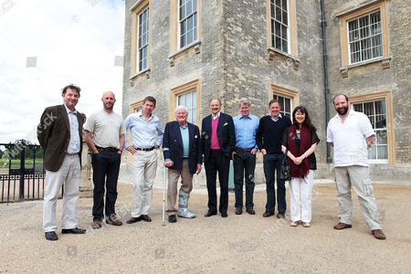 Line up of speakers. L-R Justin Pollard, Sam Kiley, Saul Davis, John Julius Norwich, Peter Bowles, Earl Spencer, Chris Hunter, Suzi Feay and Gerald Dickens