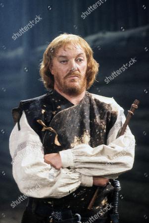 Jeremy Kemp as the Duke of Cornwall, Regan's husband.