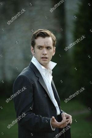Sean Biggerstaff (Bobby Attfield)