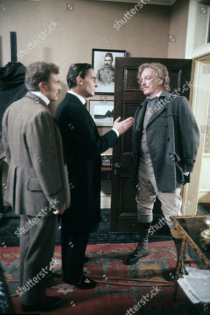 Series 1 Episode 6 - The Speckled Band General Scene with Jeremy Brett and Jeremy Kemp