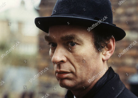 Series 1 Episode 7 - The Blue Carbuncle Ken Campbell as James Ryder