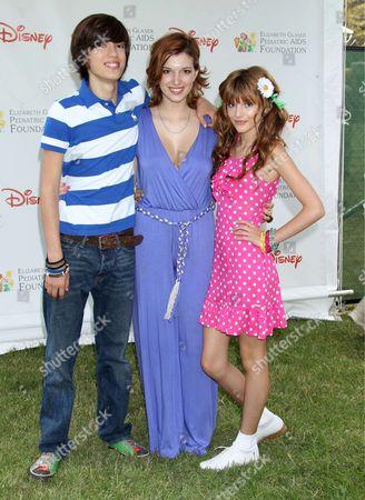 Remy Thorne, Dani Thorne and Bella Thorne