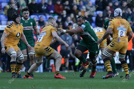 Albert Tuisue of London Irish getting tackled by Jack Willis of Wasps Rugby and Nizaam Carr of Wasps Rugby   during the Gallagher Premiership match between London Irish and London Wasps at the Madejski Stadium, Reading on Sunday 1st March 2020.