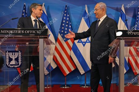 Israeli Prime Minister Benjamin Netanyahu (R) and U.S. Secretary of State Tony Blinken hold a joint press conference in Jerusalem on May 25, 2021, days after an Egypt-brokered truce halted fighting between the Jewish state and the Gaza Strip's rulers Hamas.