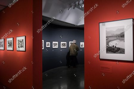 Visit on May 26, 2021 of the great retrospective of the work of French photographer Marc Riboud, who was born in 2016, on the occasion of the legacy of all his work at the Musee National des Arts Asiatiques-Guimet in Paris. The museum pays tribute to him with 300 photographs that trace his career, passing through the Magnum Agency and his life around the world, under the title: Marc Riboud. Possible stories, from May 19, 2021 until September 6, 2021.