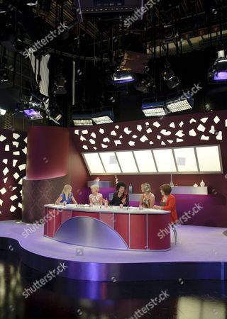 Kate Thornton, Lisa Maxwell, Mungo Jerry (Ray Dorset) Carol McGiffin and Lynda Bellingham
