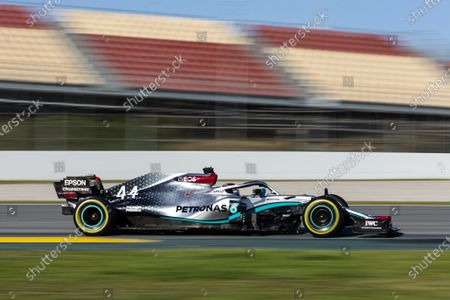 44 HAMILTON Lewis (gbr), Mercedes AMG Petronas F1 W11, action during the Formula 1 Winter Tests at Circuit de Barcelona - Catalunya on February 28, 2020 in Barcelona, Spain.