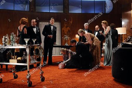 Stock Photo of David Suchet as Hercule Poirot with the full cast: Martin Shaw, Kimberley Nixon, Kate Ashfield, Tom Wisdom, Jane Asher, Anastasia Hille and Art Malik.