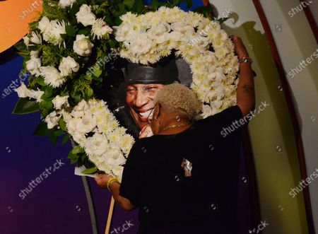 Stock Picture of Luenell