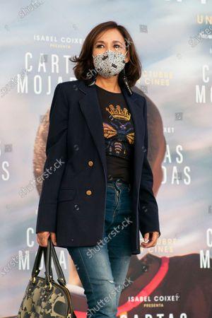 Isabel Gemio attends 'Cartas Mojadas' premiere at Gran Teatro Principe Pio on October 08, 2020 in Madrid, Spain.