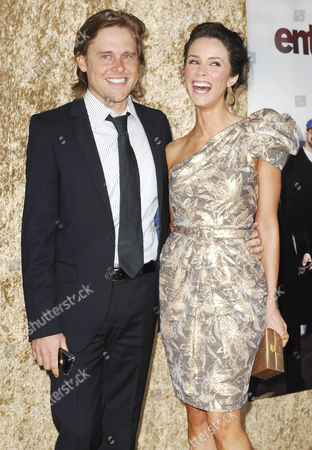 Abigail Spencer (R) and Andrew Pruett