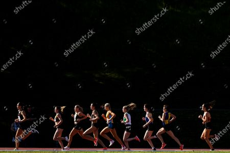 Women's 1500m . A view of athletes in the women's 1500m