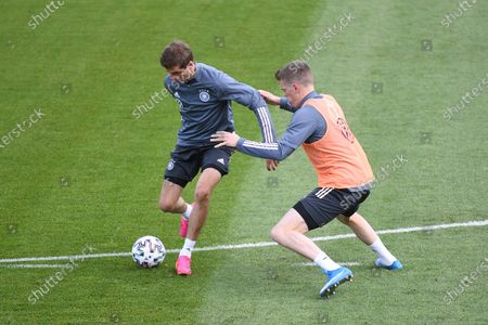 Thomas Müller (Germany), left - Matthias Ginter (Germany), right