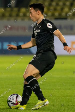 Lee Si-Young of Seongnam FC dribbles the ball during the K League 1 match between Seongnam FC and Suwon FC at the Tancheon Stadium in Seongnam, South Korea, 29 May 2021.
