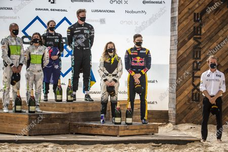 , 1st position, Molly Taylor (AUS)/Johan Kristoffersson (SWE), Rosberg X Racing , 2nd position, Jamie Chadwick (GBR)/Stephane Sarrazin (FRA), Veloce Racing , 3rd position, Mikaela Ahlin-Kottulinsky (SWE)/Kevin Hansen (SWE), JBXE Extreme-E Team and Nico Rosberg, founder and CEO, Rosberg X Racing Ocean Prix podium during the 2021 Extreme E Ocean X Prix