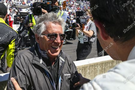 INDIANAPOLIS MOTOR SPEEDWAY, UNITED STATES OF AMERICA - MAY 30: #06: Helio Castroneves, Meyer Shank Racing Honda, Mario Andretti congratulates Helio on his 4th Indy 500 win at Indianapolis Motor Speedway on Sunday May 30, 2021 in Indianapolis, United States of America. (Photo by Jake Galstad / LAT Images)