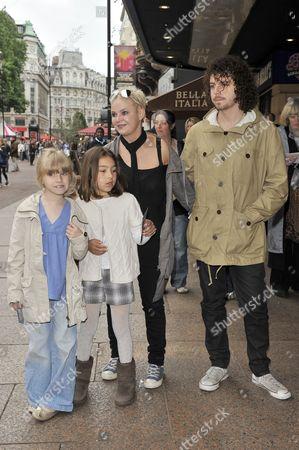 Gail Porter with daughter Honey Porter and Jonny Davies