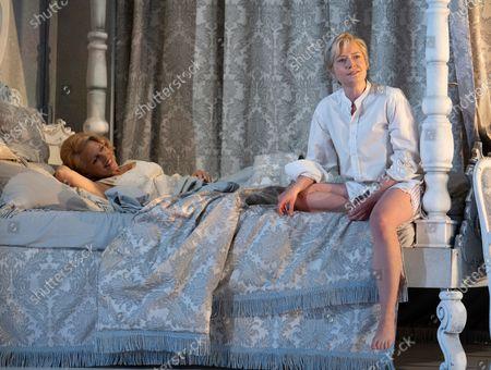 Miah Persson as The Marschallin. Hanna Hipp as Octavian.