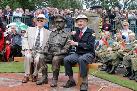 Stock Picture of Dad's Army's creator David Croft, Captain Mainwaring statue and Bill Pertwee