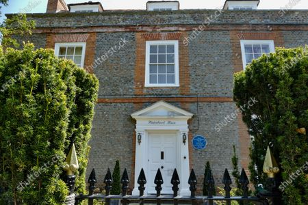 A crowdfunding page has been launched to raise funds to buy Winterbrook House, Agatha Christie's private home which she bought with her archaeologist husband, Sir Max Mallowan in 1934 & in which they lived for the rest of their livesA community group is working with the Mayor and Wallingford council to raise money to buy the property and transform it into an arts centre with a B&B. Winterbrook House is currently on the market for £2,750,000 with Savills Estate Agents.