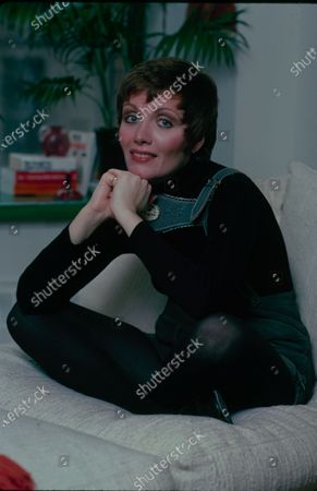 UNITED STATES - MARCH 18:  Maureen McGovern