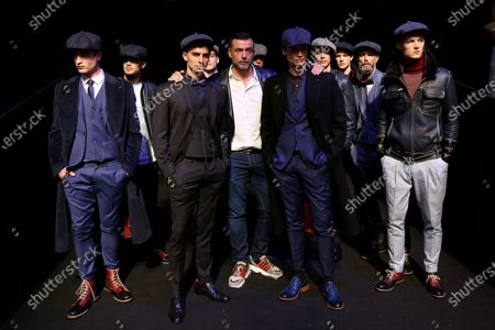 Portuguese fashion designer Nuno Gama (C ) poses for a picture with models during his Fall/Winter 2019/2020 showcase during the Lisbon Fashion Week - ModaLisboa Insight at the Carlos Lopes Hall, in Lisbon, Portugal, on March 10, 2019  in Lisbon, Portugal, on March 6, 2019. ( Photo by Pedro Fiúza/NurPhoto)
