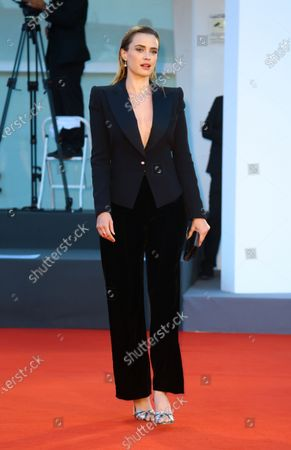 """Nathalie Rapti Gomez walks the red carpet ahead of the movie """"Padrenostro"""" at the 77th Venice Film Festival at on September 04, 2020 in Venice, Italy."""