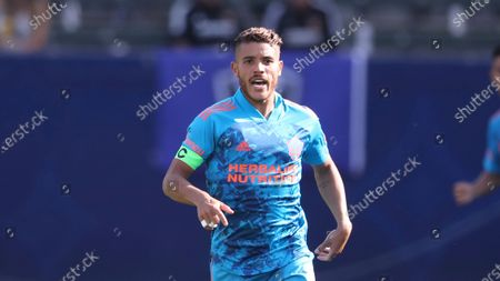 Los Angeles Galaxy midfielder Jonathan dos Santos (8) calls for the ball during an MLS soccer game against the San Jose Earthquakes, at Dignity Health Sports Center in Carson, Calif