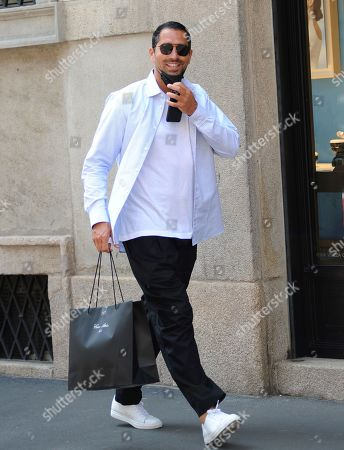 Marco Borriello shopping in the center of town