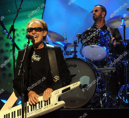 Ringo Starr and His All-Starr  Band - Gary Wright along with Ringo Starr