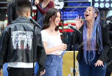 Jordan Fisher, Gabrielle Carrubba, Phoebe Koyabe and the cast of Dear Evan Hansen perform on Good Morning America on Times Square
