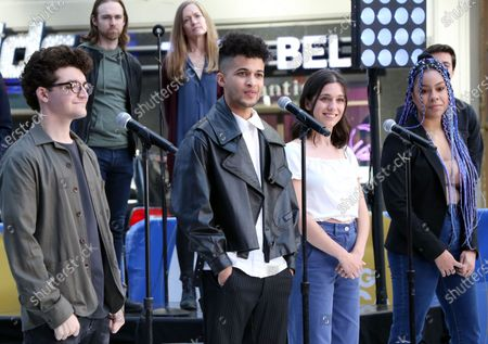 Jared Goldsmith, Jordan Fisher, Gabrielle Carrubba, Phoebe Koyabe and the cast of Dear Evan Hansen perform on Good Morning America on Times Square